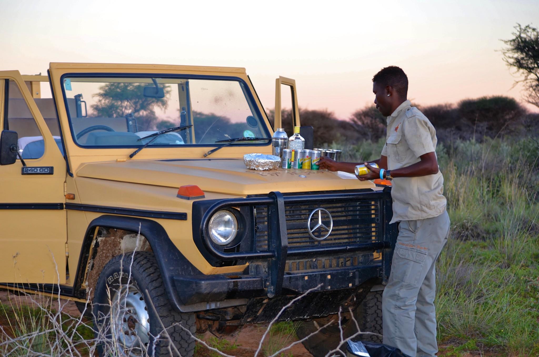 Sundowner Drive - Kambaku Safari Lodge