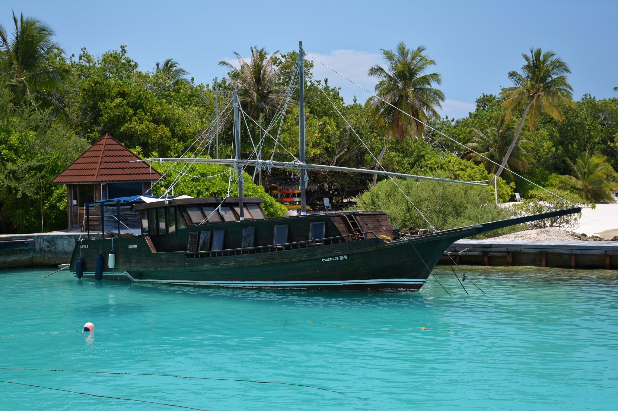 Ausflugsboot - Insel Bandos