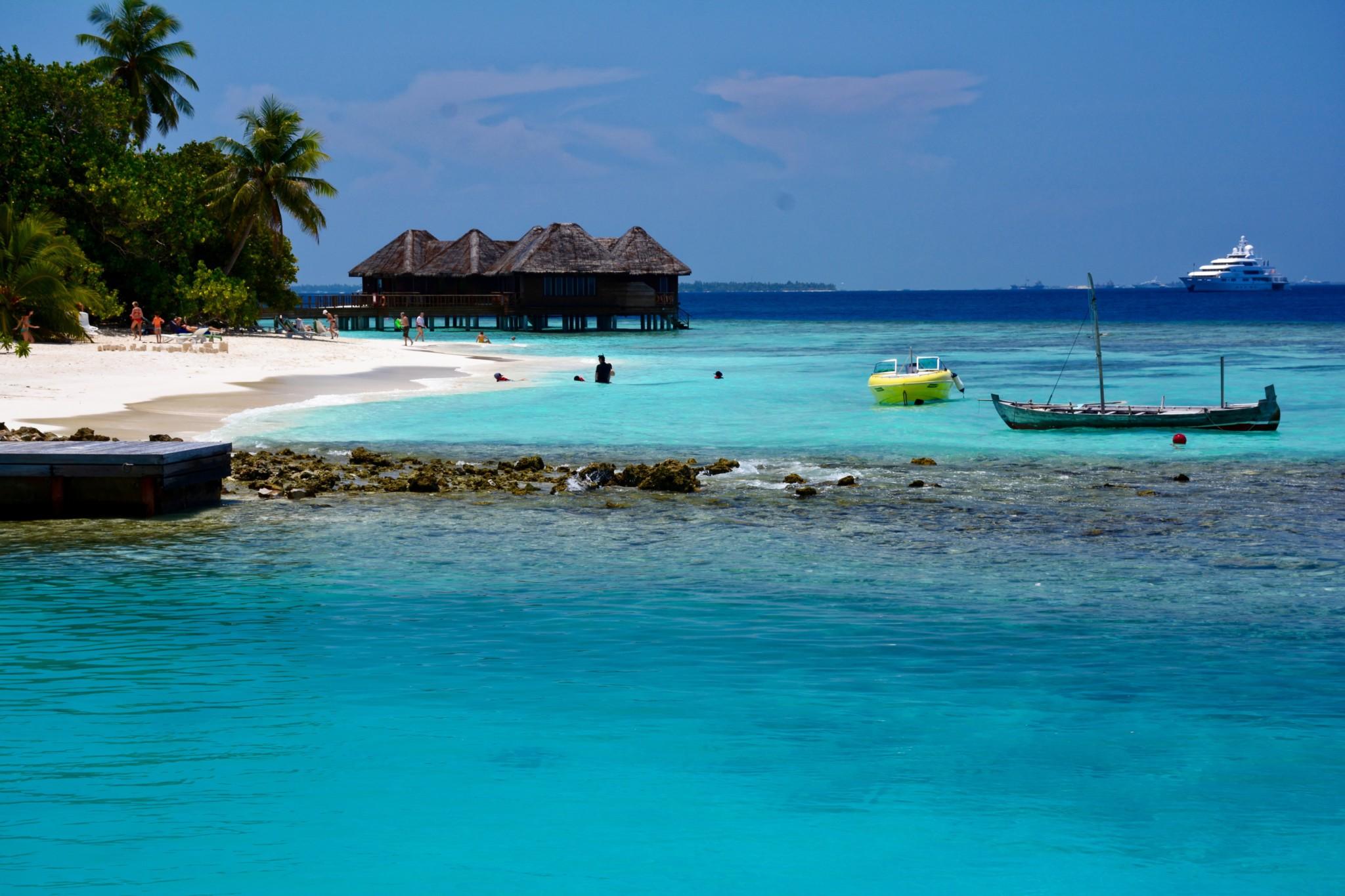 Wasserbungalows und Strand - Insel Bandos