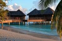 Wasserbungalows - Insel Bandos