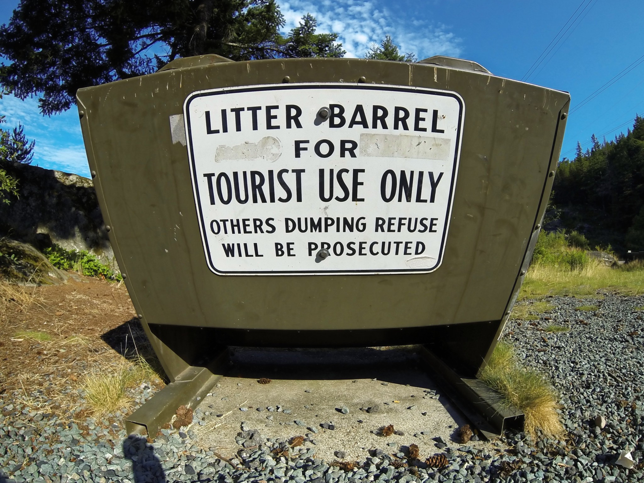 Bärensicherer Abfallbehälter in Kanada