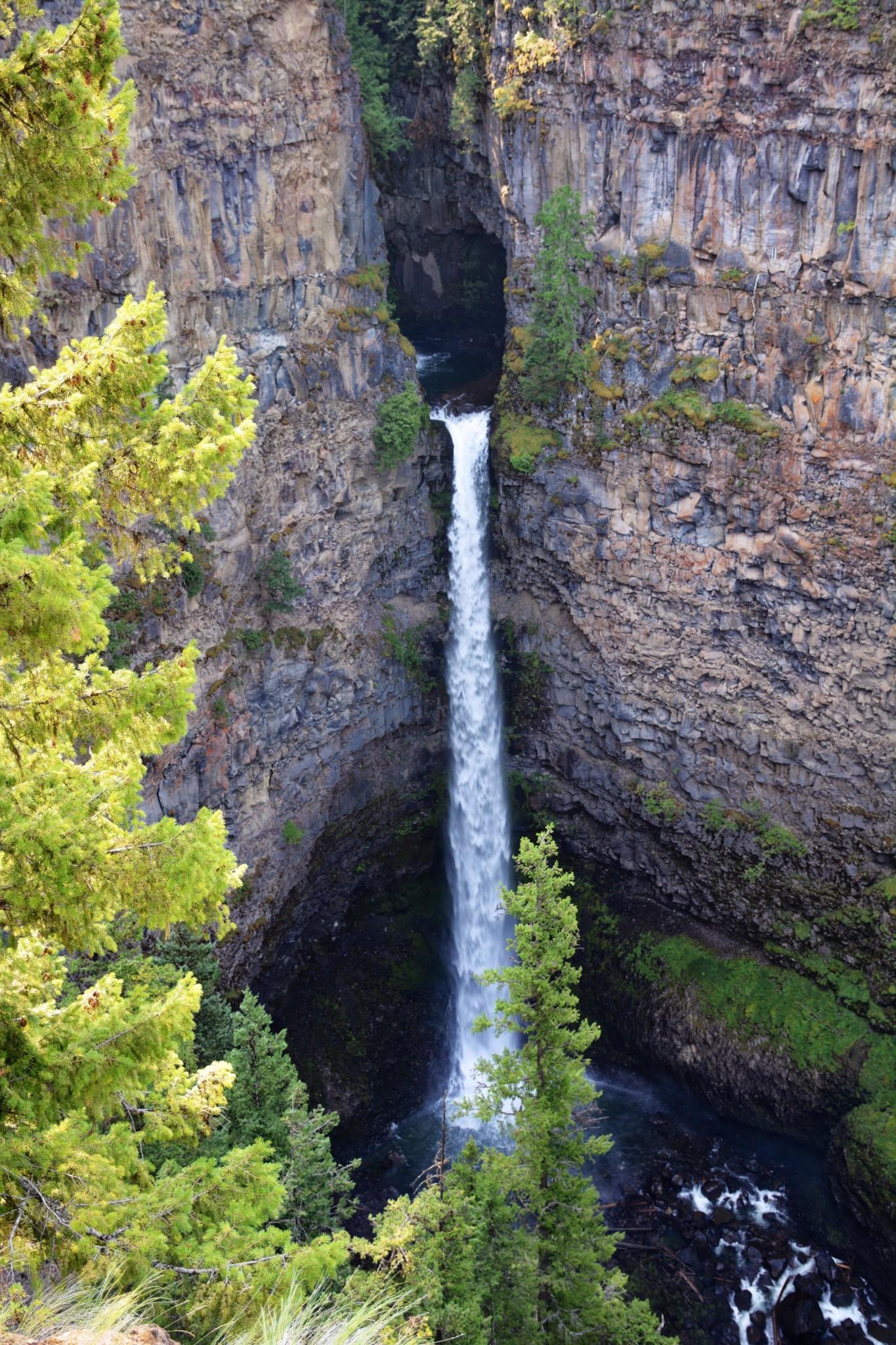 Spahat Falls - Wells Gray NP