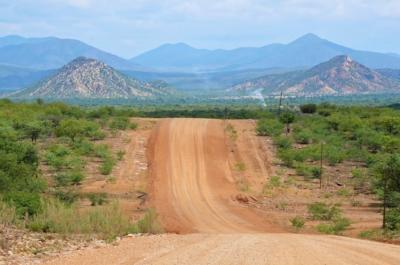 Fahrt von Camp Aussicht zu den Epupa Falls (C43)