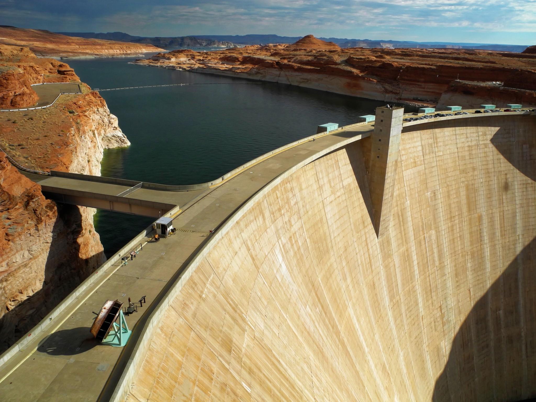 Glen Canyon Dam - Page