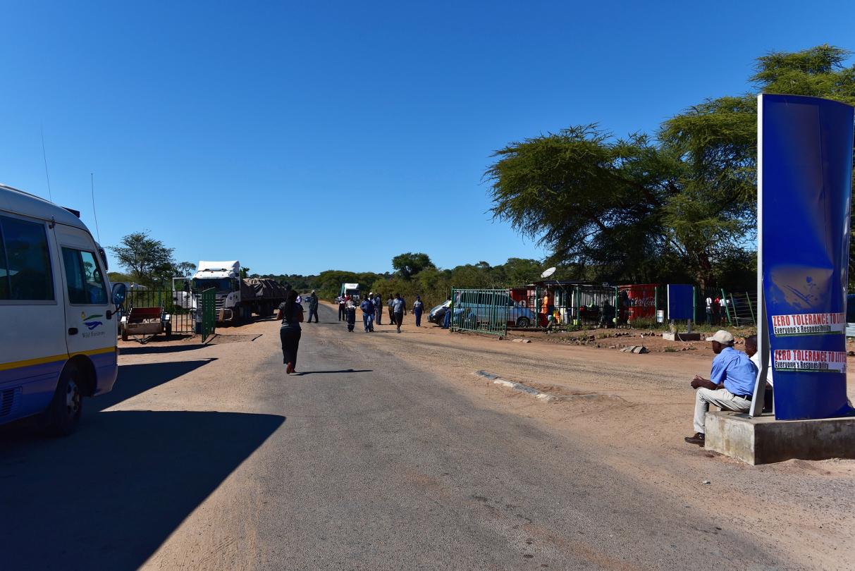 Grenze von Botswana nach Simbabwe
