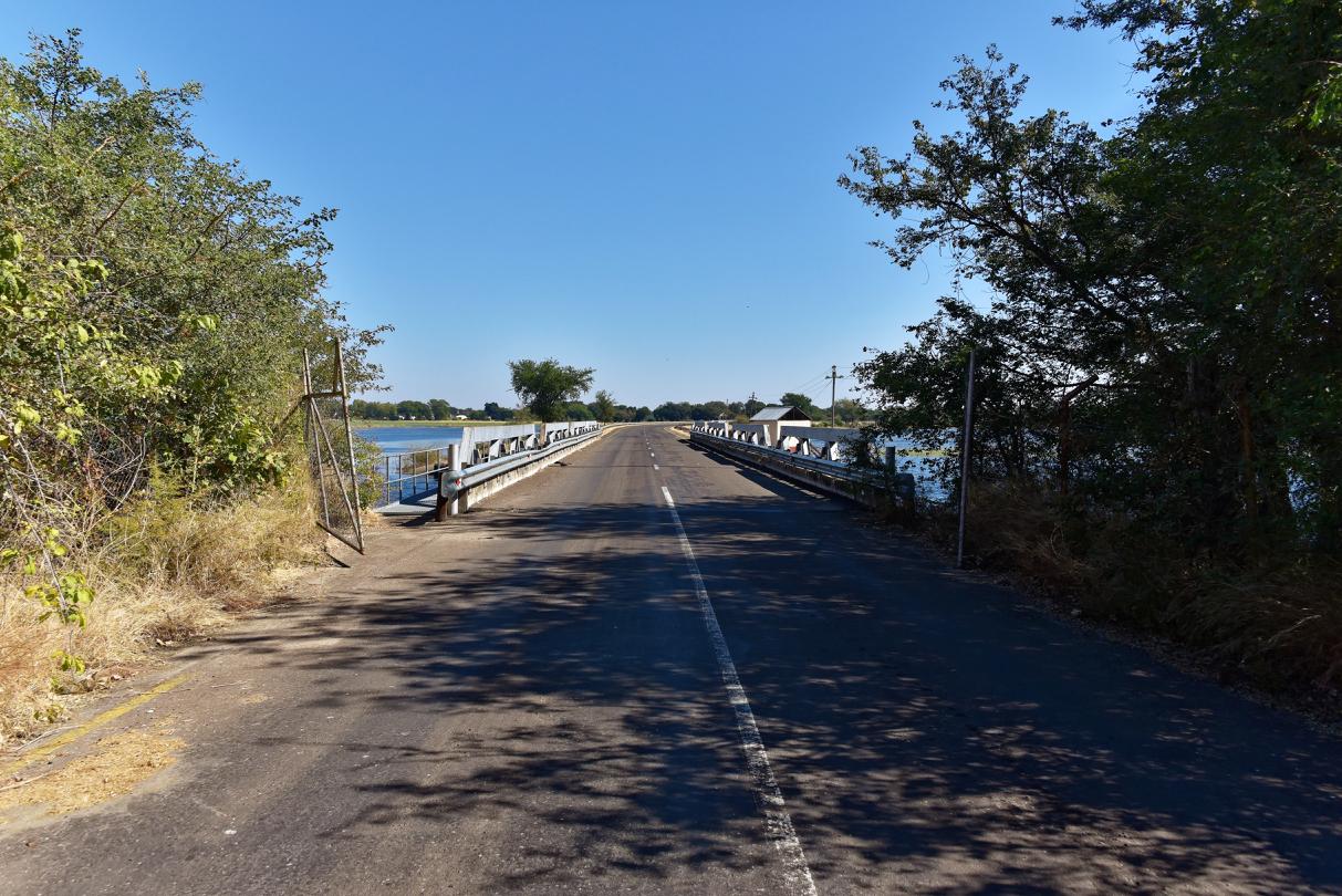 Ngoma Bridge - Grenze von Simbabwe nach Botswana