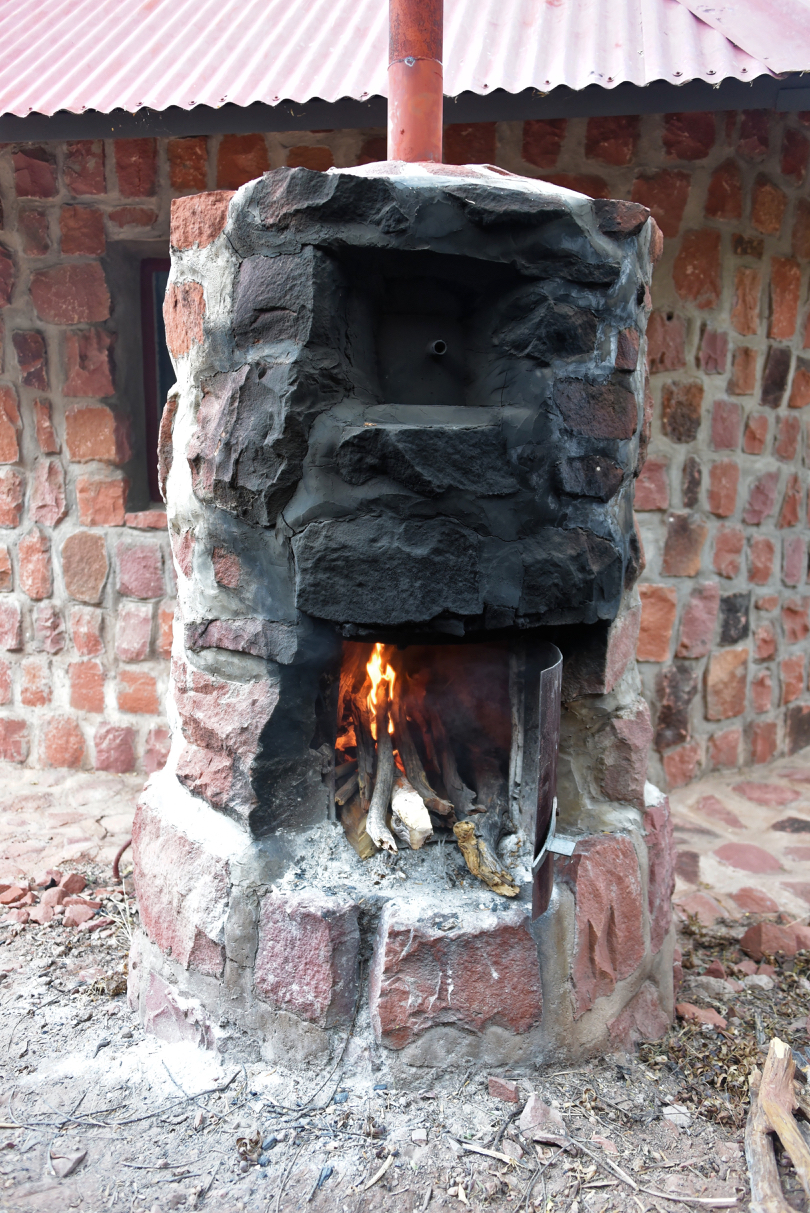 Holzofen für Warmwasser am Chalet