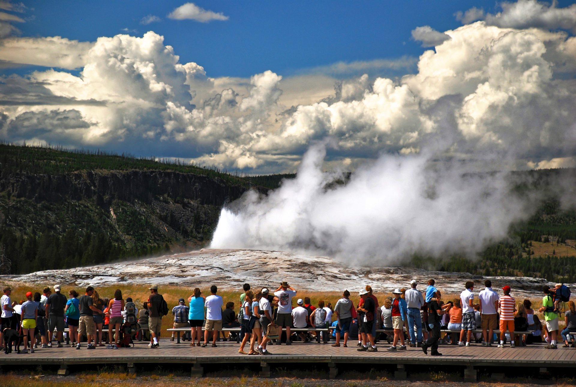 Old Faithful - Yellowstone NP - Wyoming